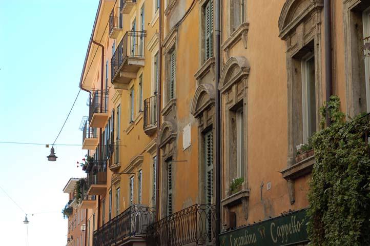 Italian_housing