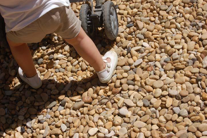 Tiny_feet
